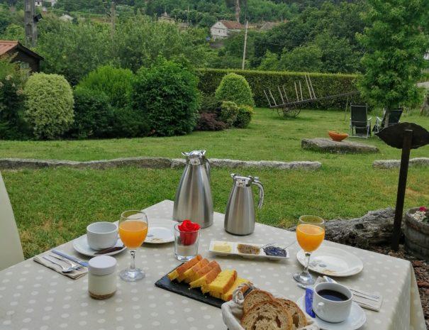 Desayuno en terraza Suite